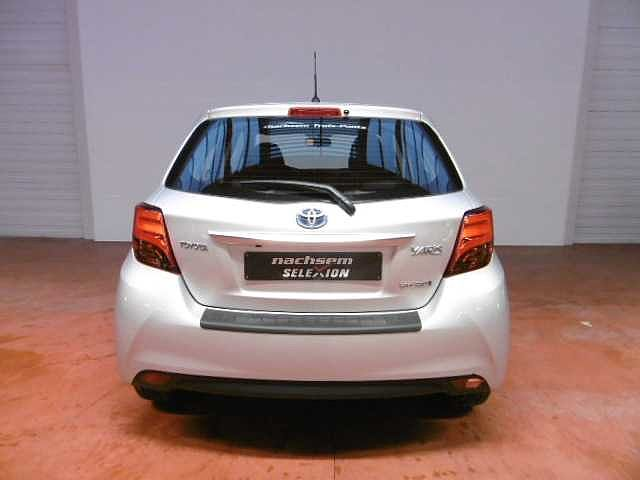 Toyota Yaris 1,5 Hybrid e-CVT - photo 12
