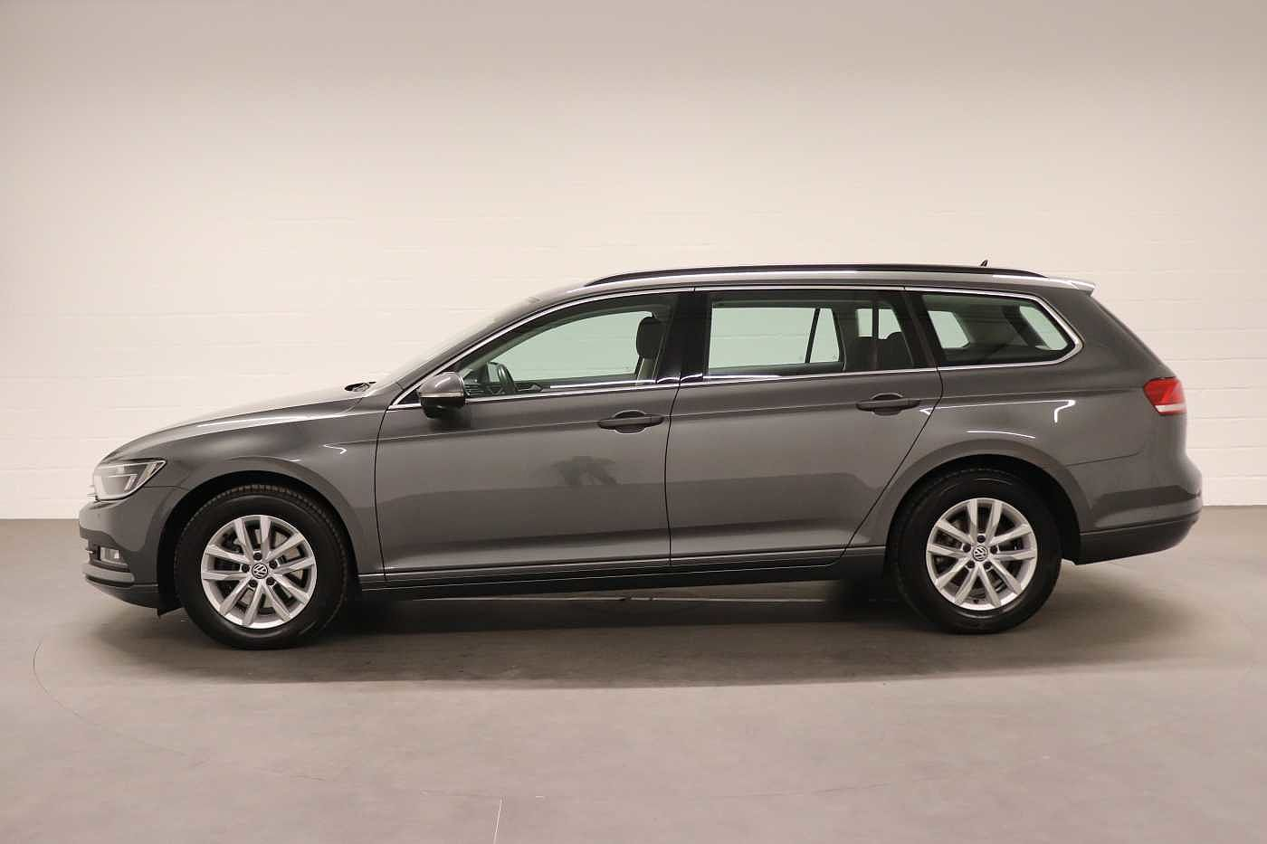 Volkswagen Passat 1.6Tdi - photo 4