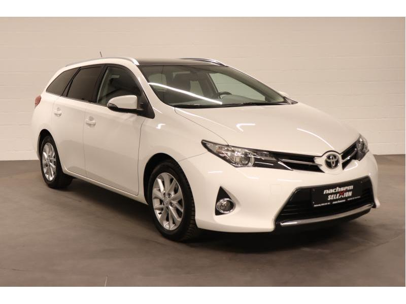 Toyota Auris 1.4 D-4D 6 MT - photo 9
