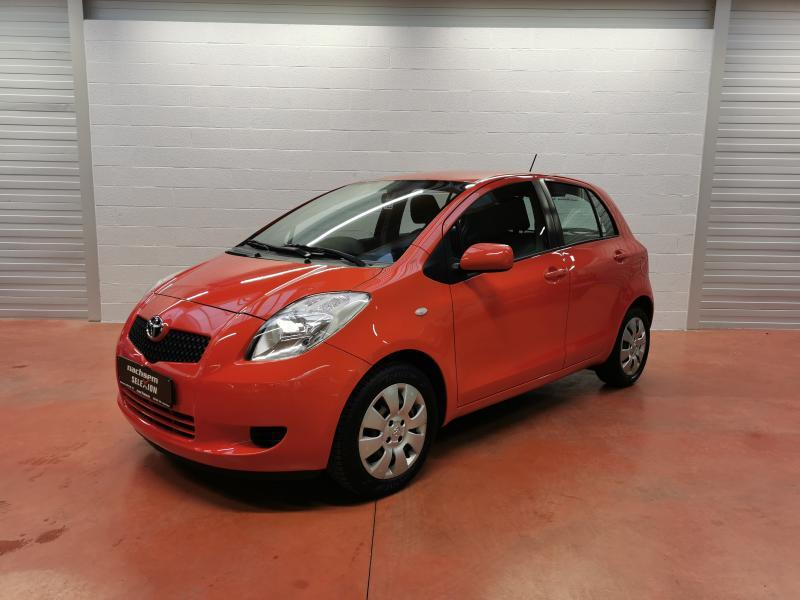 Toyota Yaris 1.3 ESSENCE 87CV - photo 3