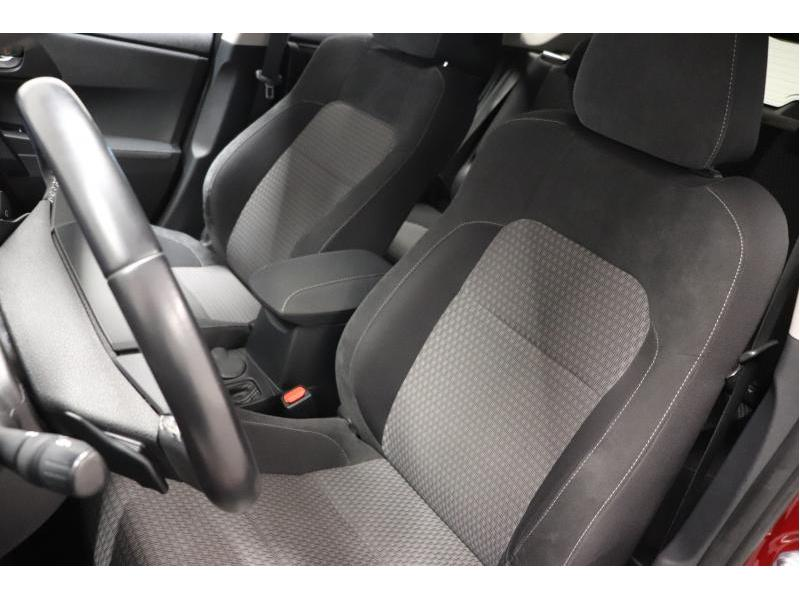Toyota Auris 1.2 Turbo petrol CVT - photo 16