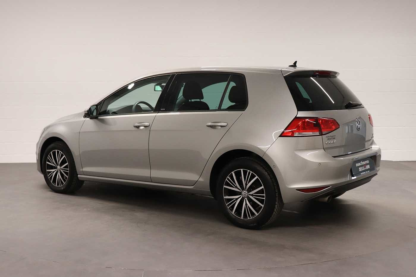 Volkswagen Golf 1.6TDI - photo 10