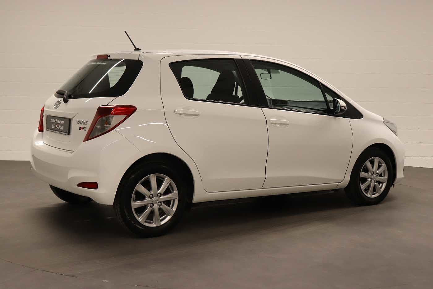 Toyota Yaris 1.4 D-4D 6MT - photo 8