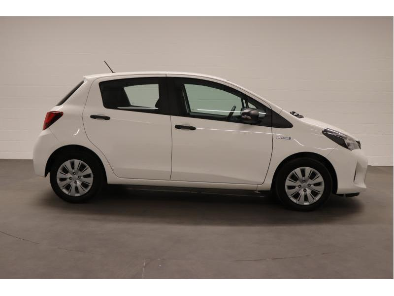 Toyota Yaris 1,5 Hybrid e-CVT - photo 8
