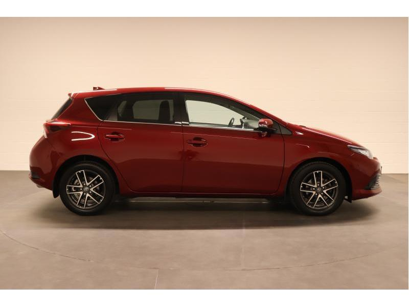 Toyota Auris 1.2 Turbo petrol CVT - photo 8