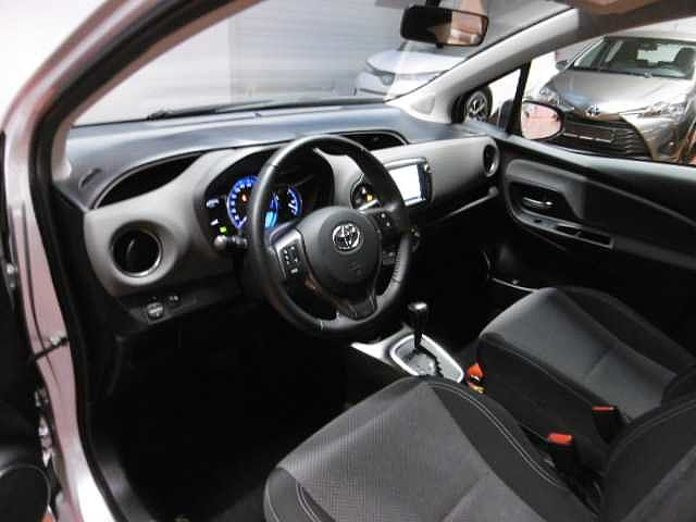 Toyota Yaris 1,5 Hybrid e-CVT - photo 5