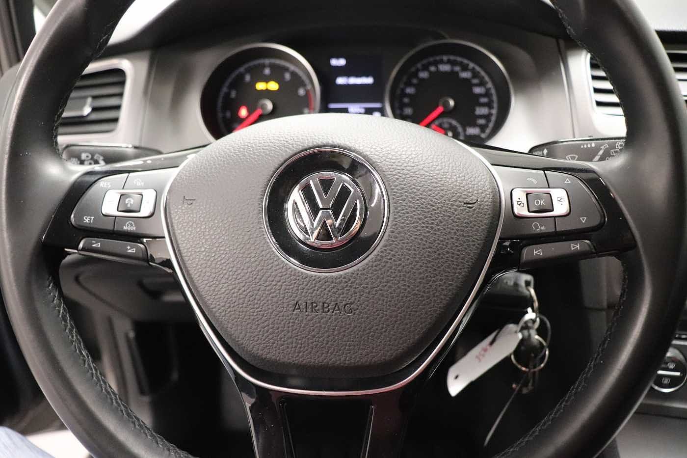 Volkswagen Golf 1.2TSI - photo 16