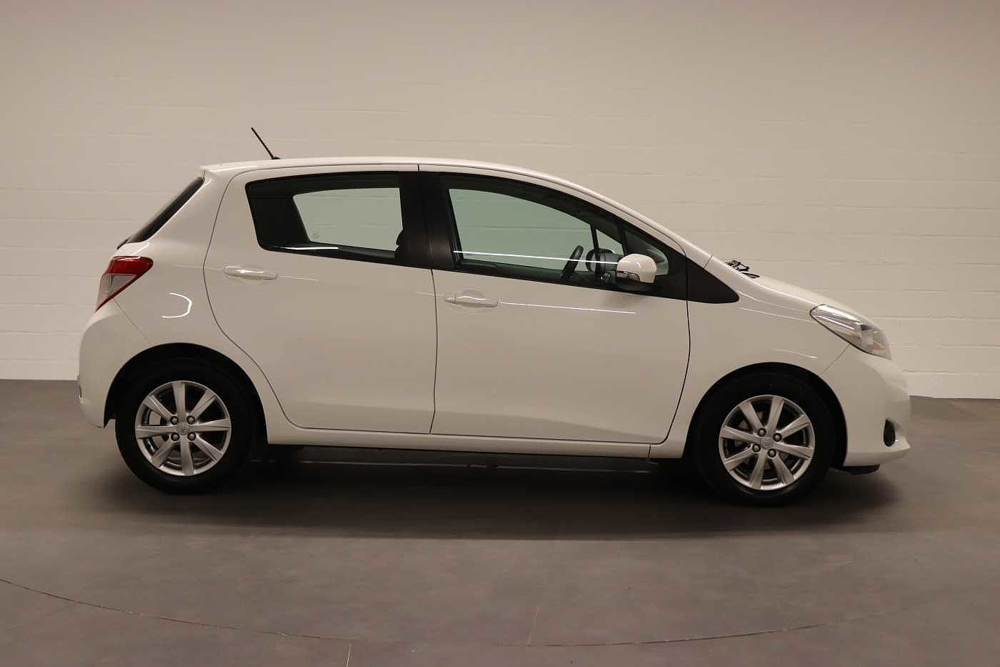 Toyota Yaris 1.4 D-4D 6MT - photo 7