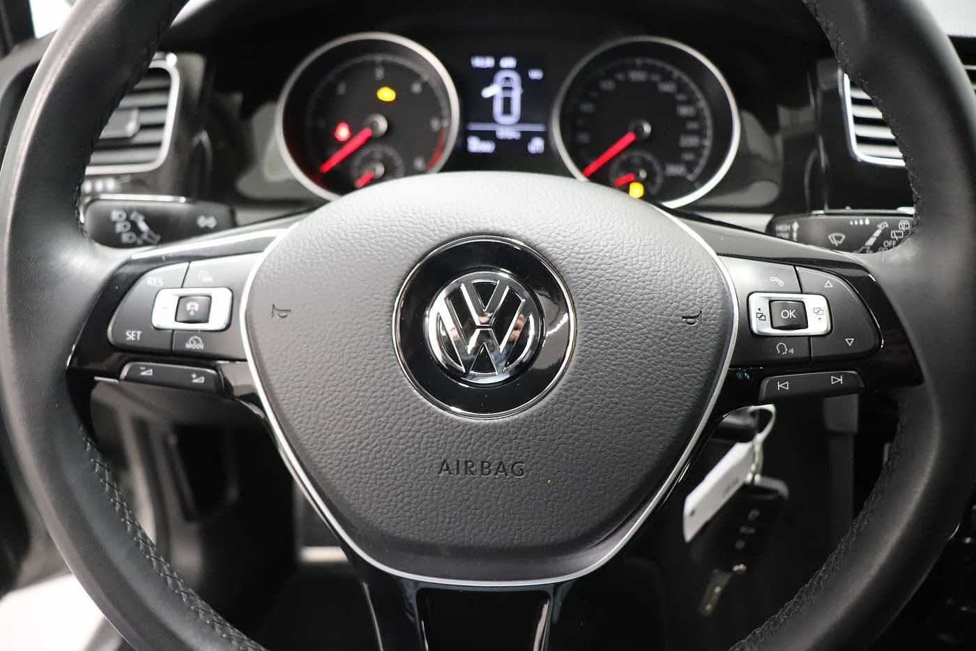 Volkswagen Golf 1.6TDI - photo 17