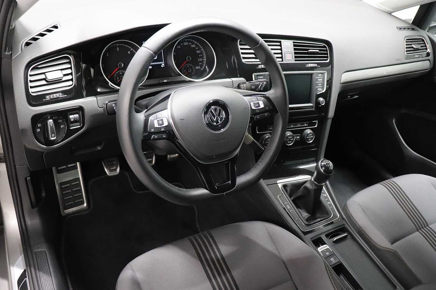 Volkswagen Golf 1.6TDI - photo 13